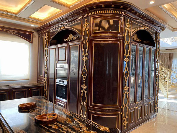کابینت کلاسیک چوبی