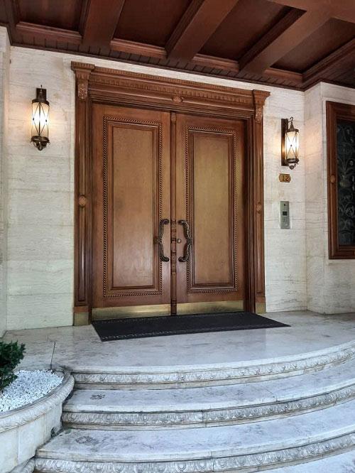 درب ورودی چوبی دو لنگه
