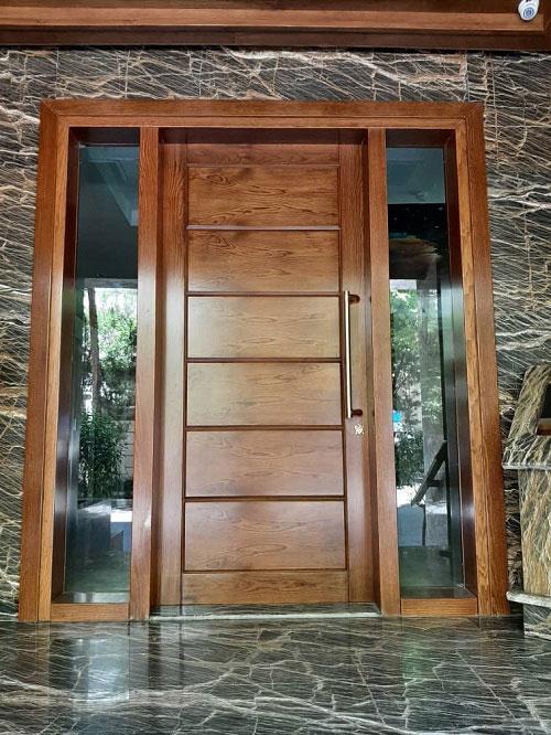 درب لابی مدرن با روکش چوب