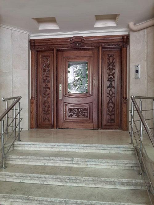درب چوبی لابی ساختمان