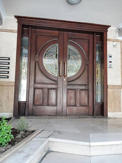 درب ورودی لابی آپارتمان